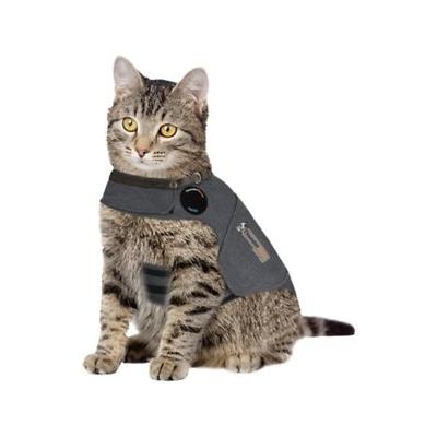 Thundershirt uses gentle hugging to calm your cat. With its patented design, Thundershirt\'s gentle, constant pressure has a dramatic calming effect for most cats if they are anxious, fearful or overexcited. Based on surveys completed by over two...