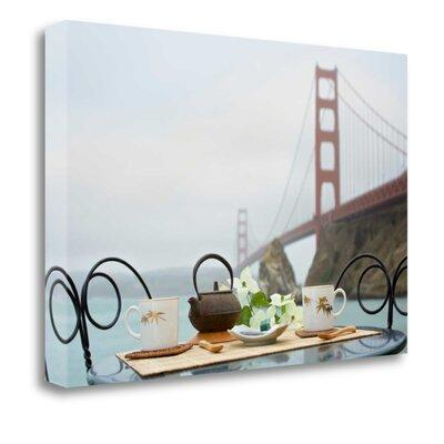 Tangletow Dream Cafe Golden Gate Bridge - 43' Photographi...